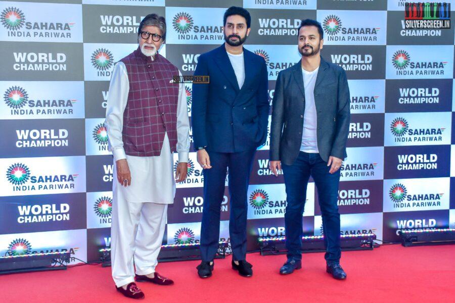 Amitabh Bachchan, Abhishek Bachcan Felicitate PV Sindhu
