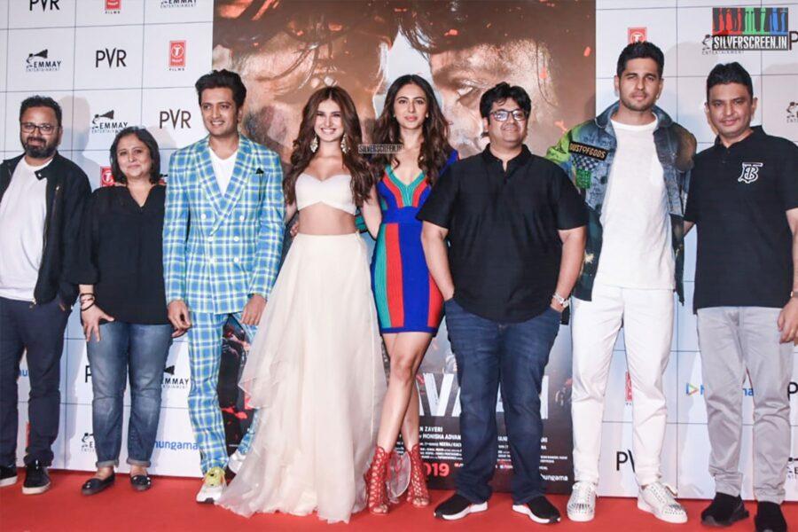 Rakul Preet Singh, Tara Sharma, Sidharth Malhotra At The 'Marjaavaan' Trailer Launch