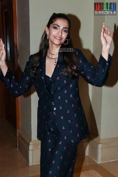 Sonam Kapoor Promotes 'The Zoya Factor'