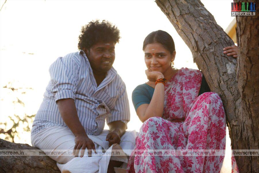 Vaazhga Vivasayi Movie Stills Starring Appukutty, Vasundhara Kashyap