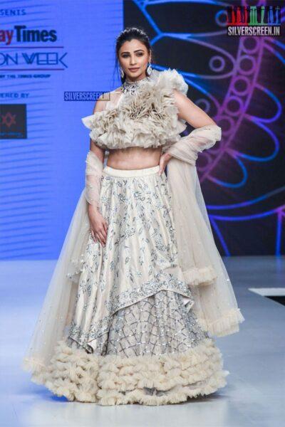 Daisy Shah Walks The Ramp For Pallavi Goyal At The 'Bombay Times Fashion Week 2019'