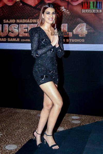 Kriti Sanon Promotes 'Housefull 4' In Hyderabad