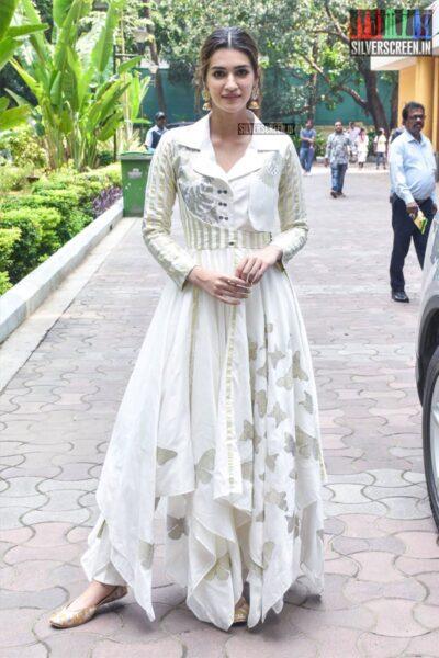 Kriti Sanon At 'Banega Swasth India' Campaign