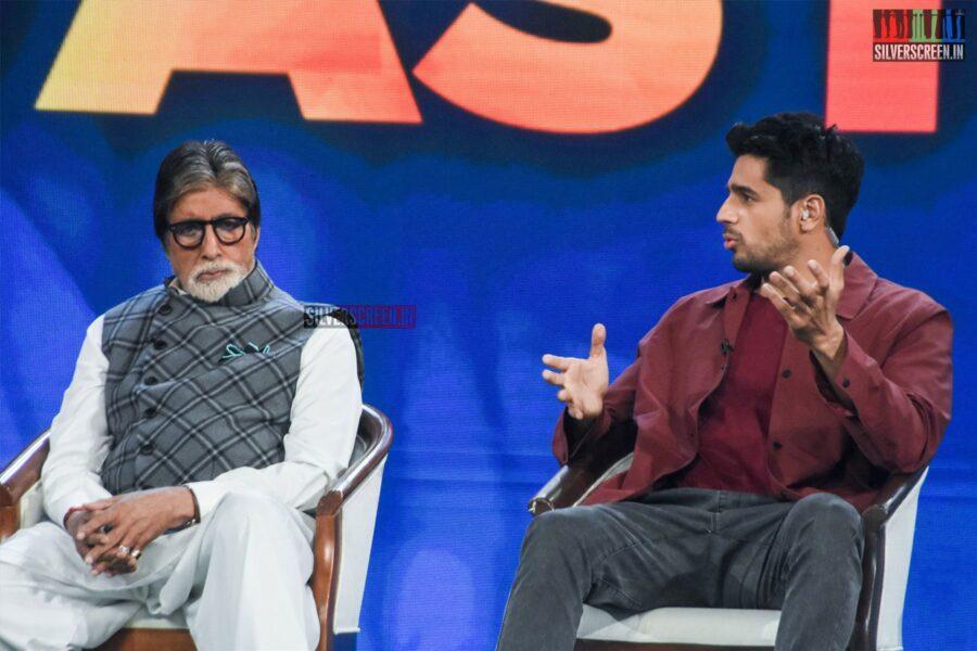 Amitabh Bachchan, Sidharth Malhotra At 'Banega Swasth India' Campaign