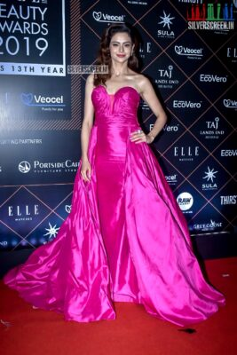 Aamna Sharif At The 'Elle Beauty Awards 2019'