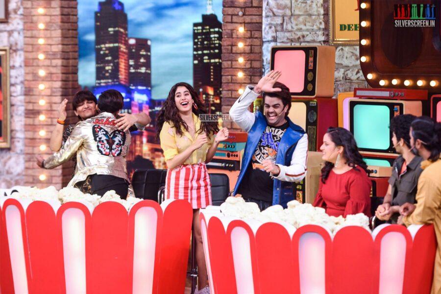 Janhvi Kapoor On The Sets Of 'Movie Masti' With Maniesh Paul Show