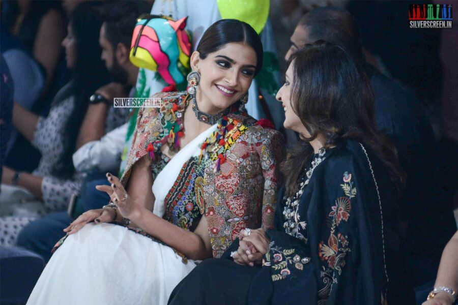 Sonam Kapoor At The Lotus Makeup India Fashion Week