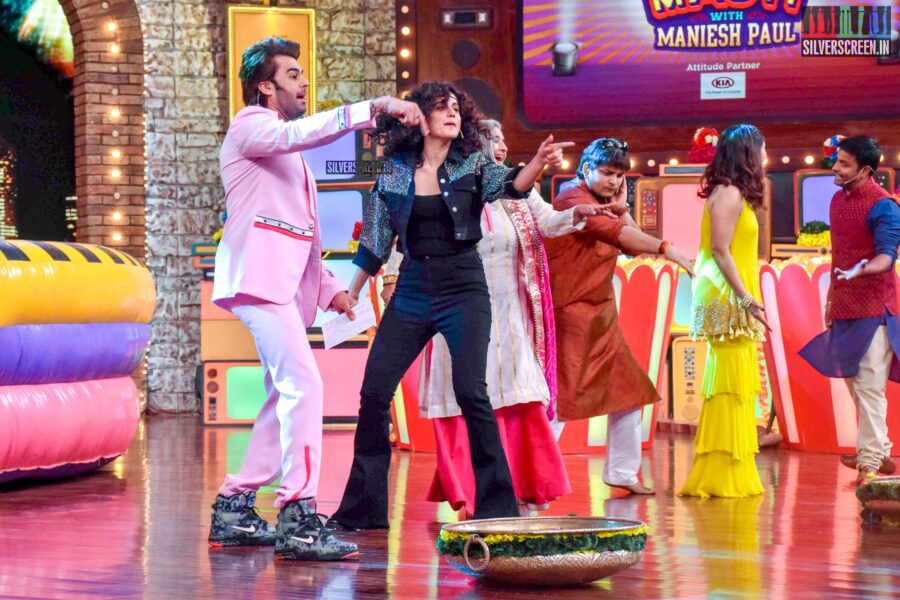 Taapsee, Bhumi Pednekar Promote 'Saand Ki Aankh' On The Sets Of 'Movie Masti'