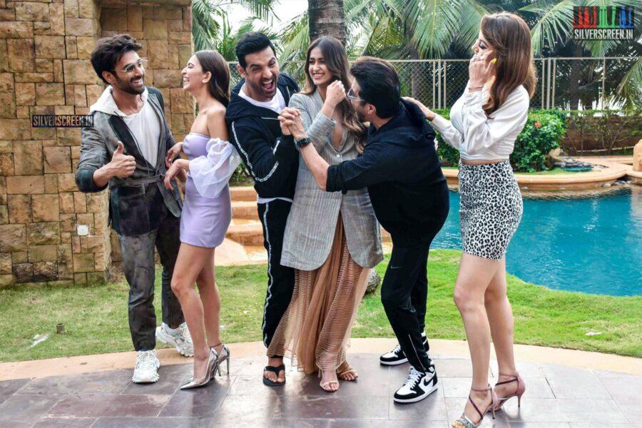 Anil Kapoor, Ileana D' Cruz, Kriti Kharbanda, Urvashi Rautela Promote 'Pagalpanti'