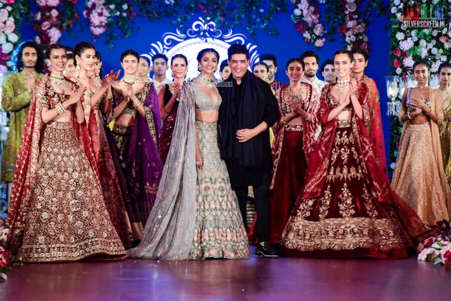 Pooja Hegde Walks The Ramp For Manish Malhotra's Wedding Collection