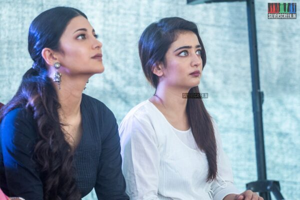 Akshara Haasan, Shruti Haasan At #Kamal60