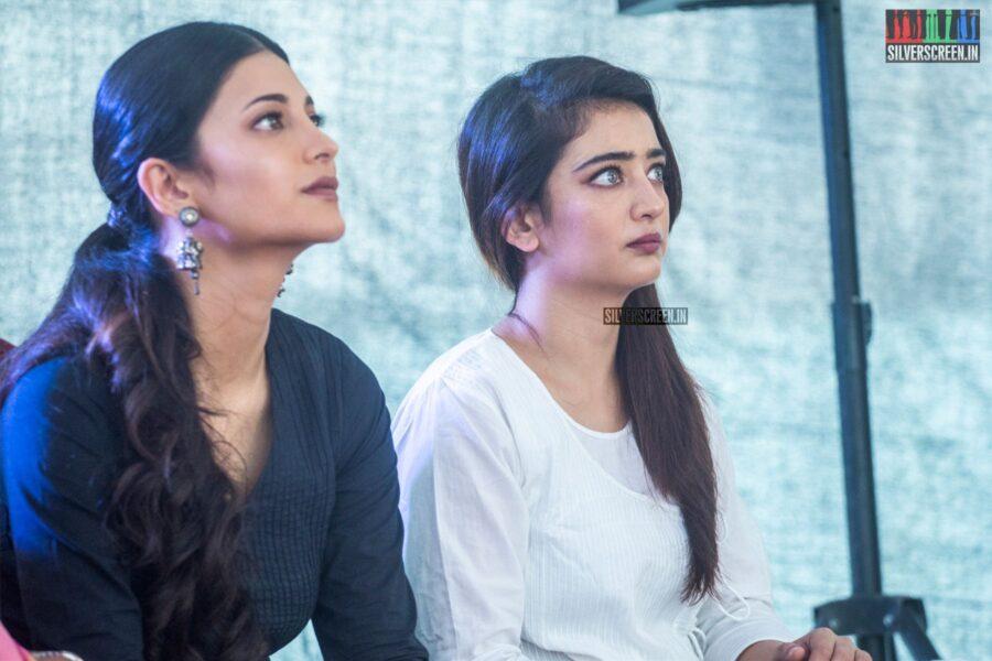 Akshara Haasan, Shruti Haasan At #Kamal60