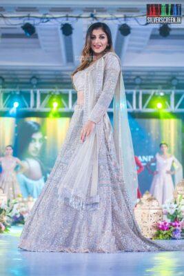 Yaashika Aanand Walks The Ramp At 'Prawolion Fashion Week'