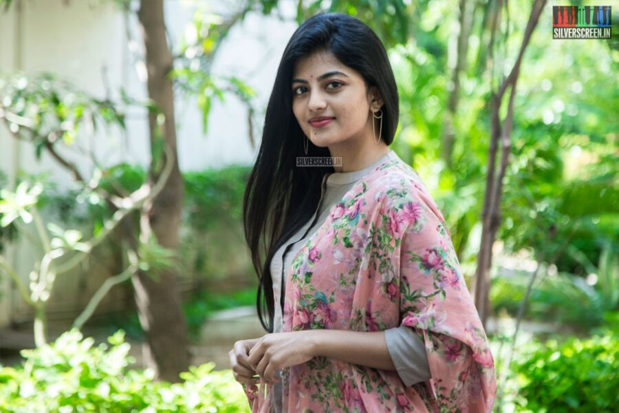 Anandhi At The 'Irandam Ulagaporin Kadaisi Gundu' Thanksgiving Meet