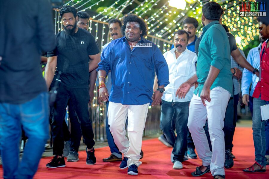 Yogi Babu at The 'Zee Cine Awards'