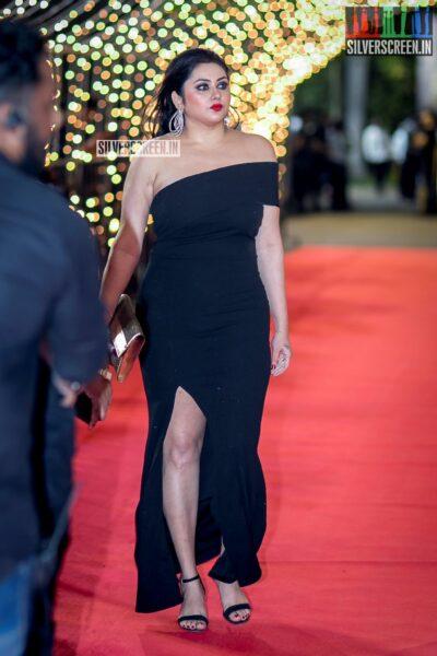 Namitha at The 'Zee Cine Awards'