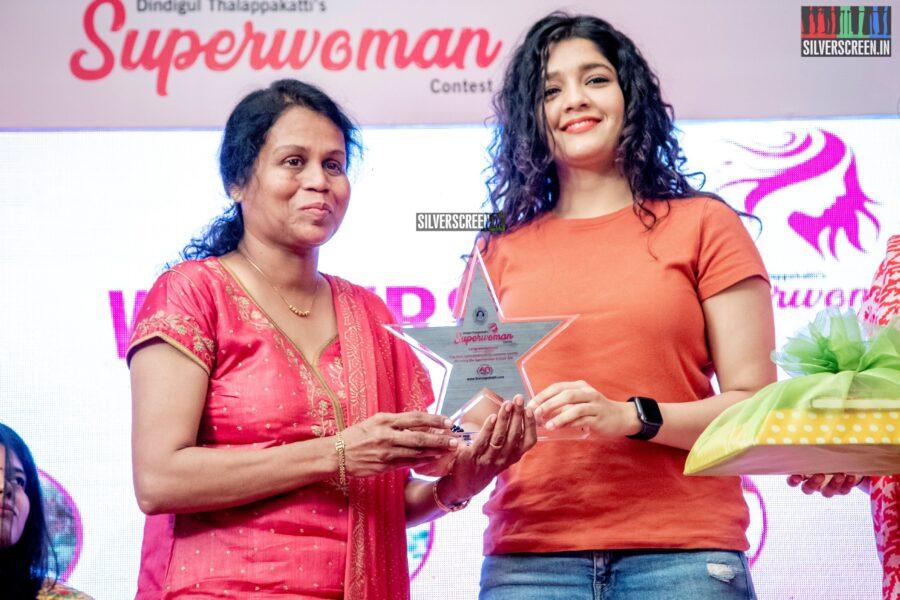 Ritika Singh at Dindugul Thalapakatti's Superwoman Awards
