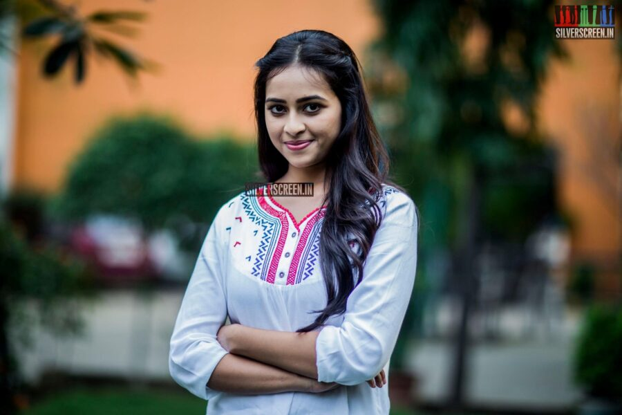 Parvathi Menon and Sri Divya HQ Photos from Bangalore Naatkal Teaser Launch Press Meet