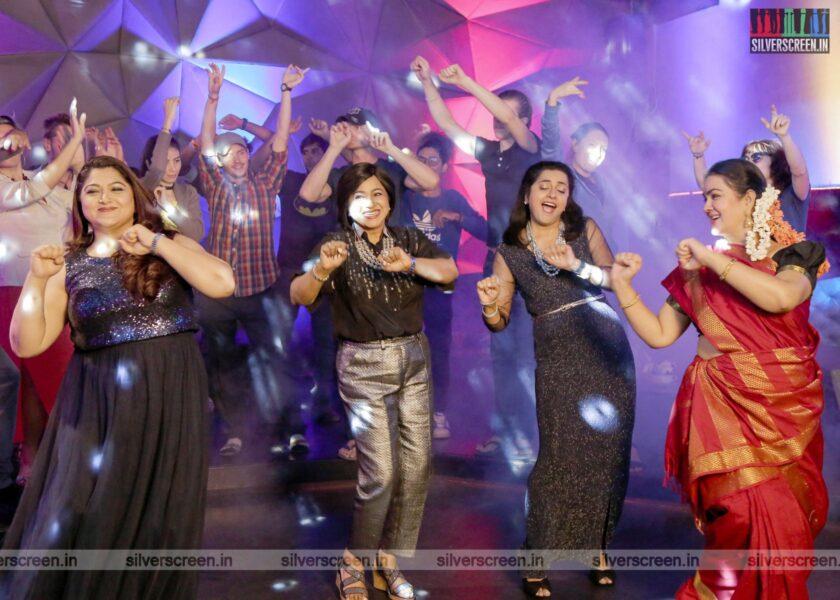 Oh Andha Naatkal Movie Stills Starring Urvashi, Radhika, Kushboo, Suhasini