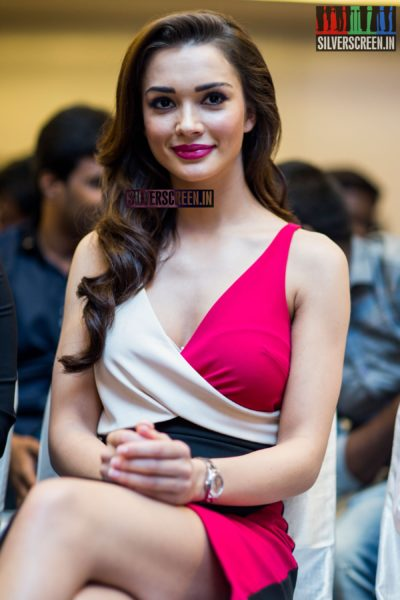 Amy Jackson at Theri Press Meet