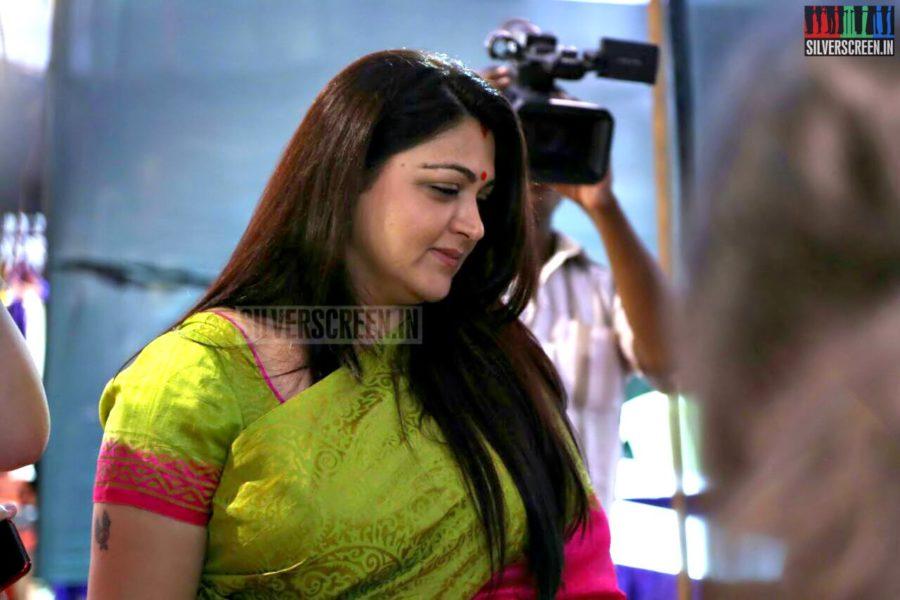 Actress Kushboo in Weekend Sandhai Stills
