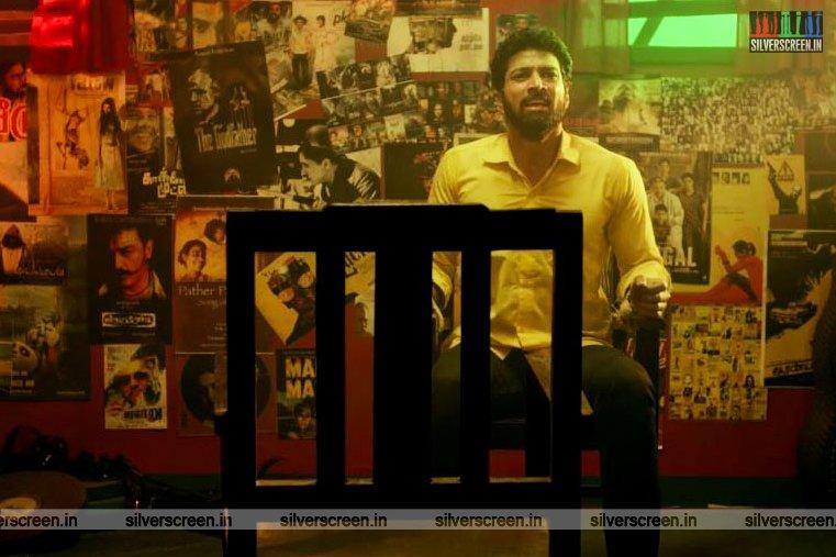 En Peyar Anandhan Movie Stills Starring Santhosh Pratap, Athulya Ravi
