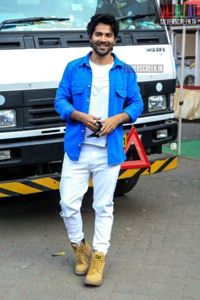 Varun Dhawan Promotes 'Coolie No. 1'