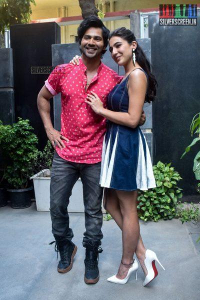 Varun Dhawan & Sara Ali Khan Promote 'Coolie No. 1'