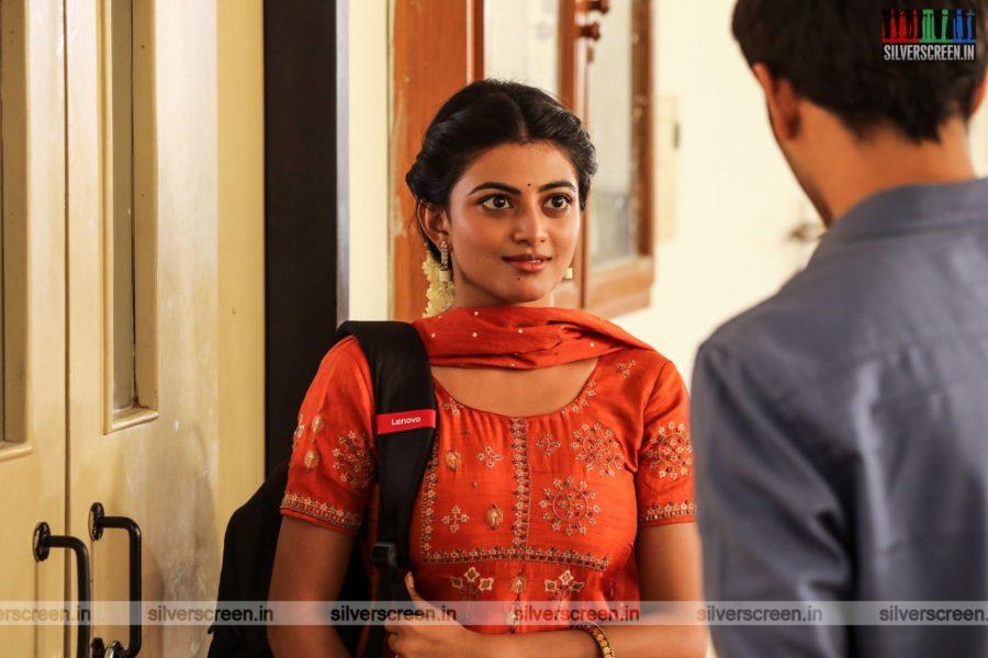 Kamali From Nadukkaveri Movie Stills Starring Anandhi