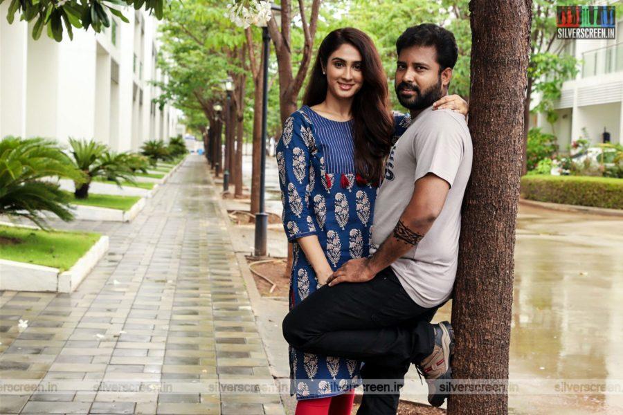 Naanum Single Thaan Movie Stills Starring Dinesh, Deepti Sati