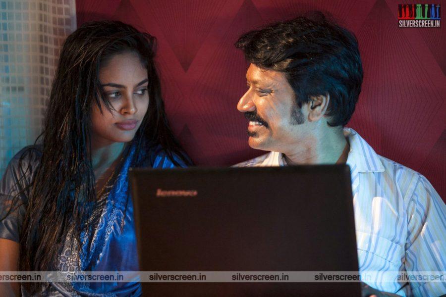 Nenjam Marappathillai Movie Stills Starring SJ Suryah, Nandita Swetha