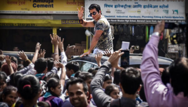 Sonu Sood Meets Students Of Guru Nanak English High School, Collects Cheque For Martyrs' Family