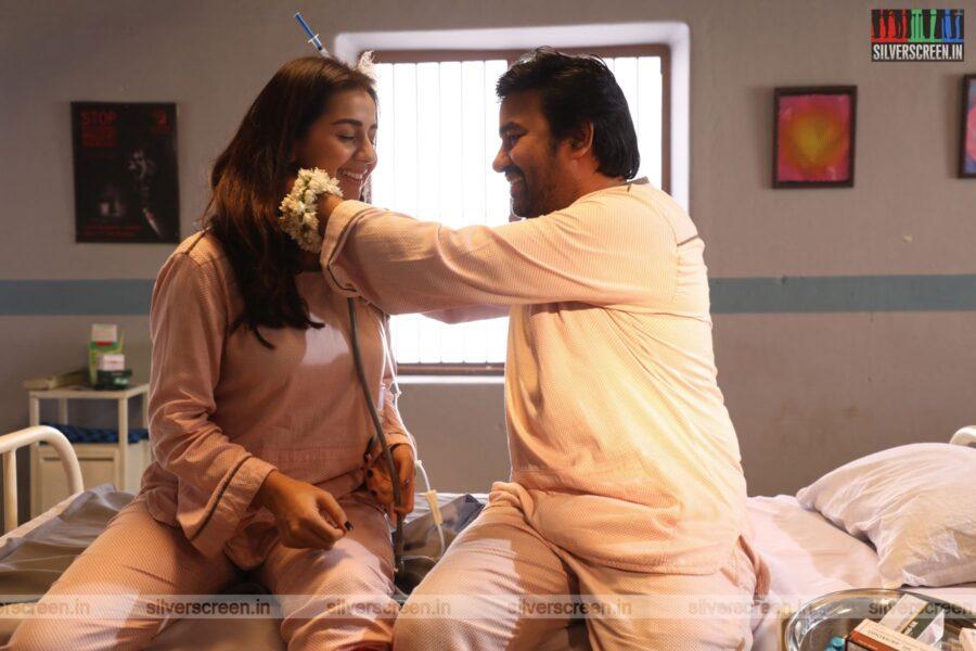 Idiot Movie Stills Starring Mirchi Shiva, Nikki Galrani