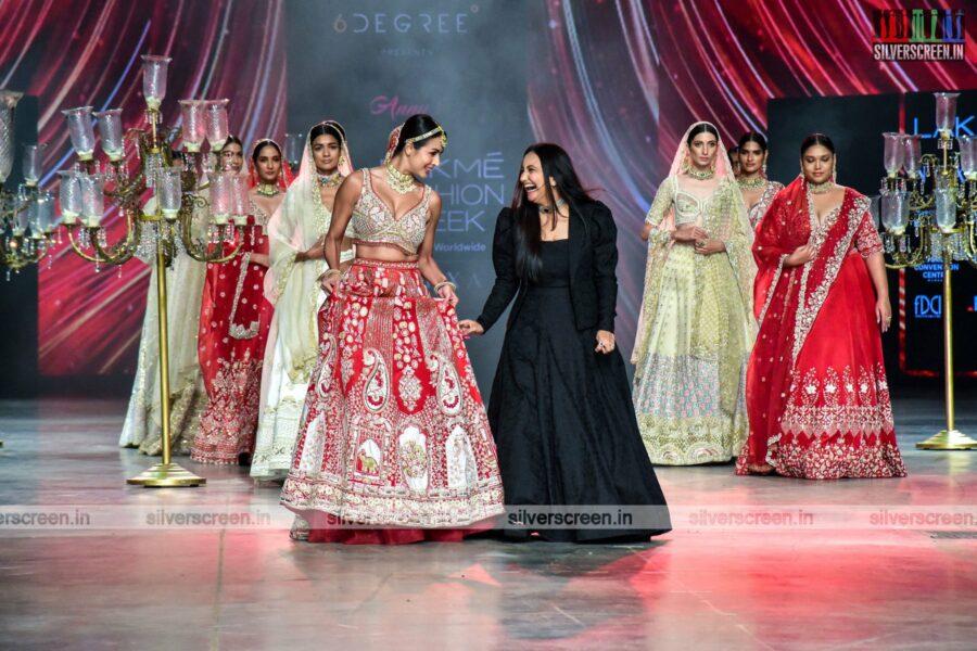 Malaika Arora walks the ramp for Anu's Creation at the Lakme Fashion Week 2021