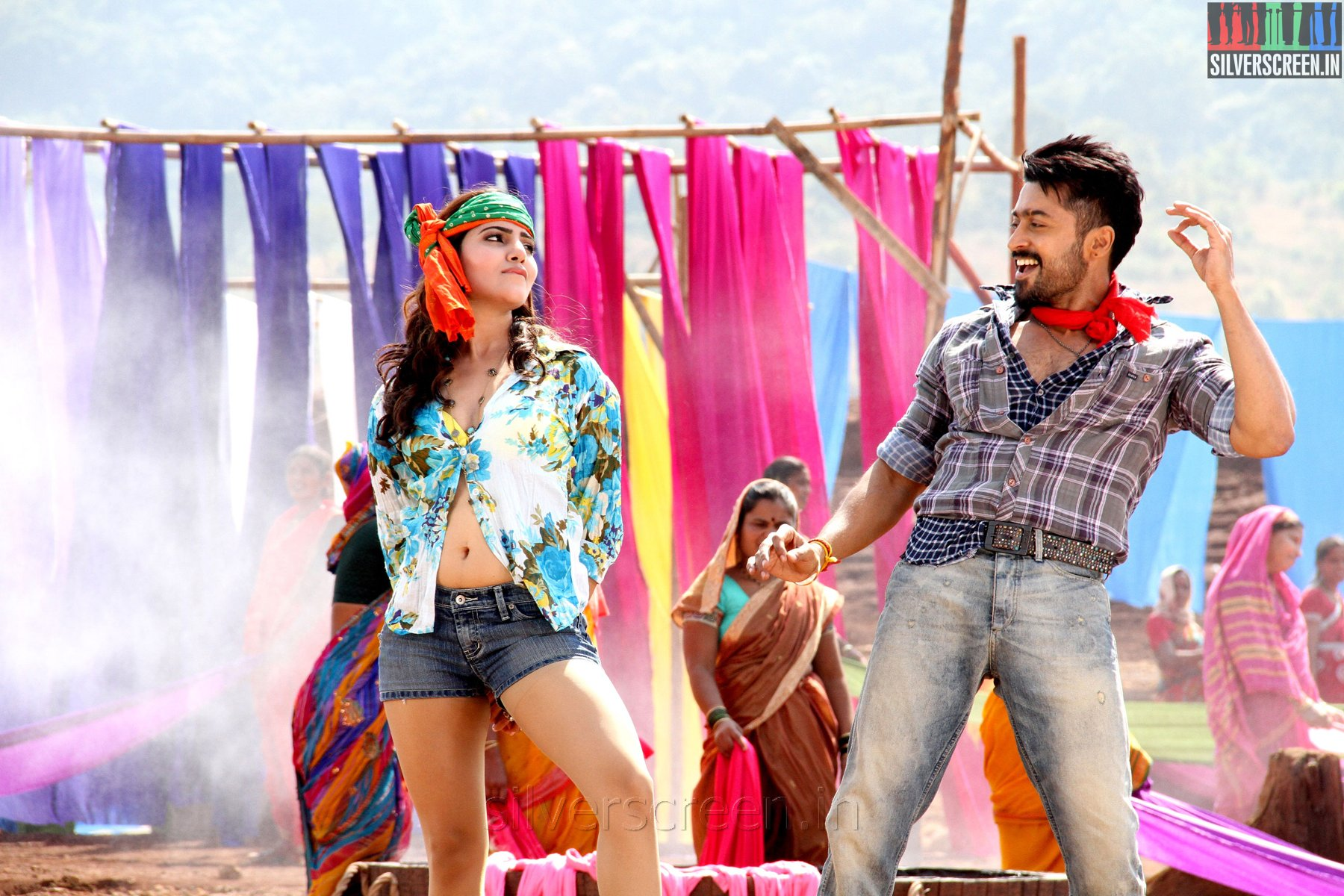 Anjaan songs premiere bang bang bang silverscreen actor suriya and samantha in anjaan movie stills altavistaventures Gallery